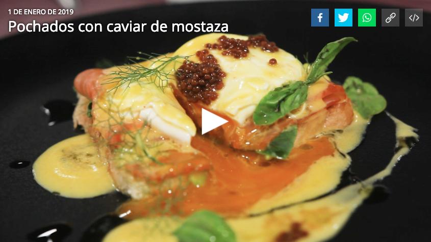 Huevos Coliumo: Pochados con caviar de mostaza